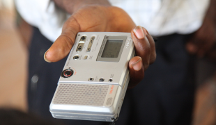 Radio Broadcasts Lessen Discord During Guinea's Election