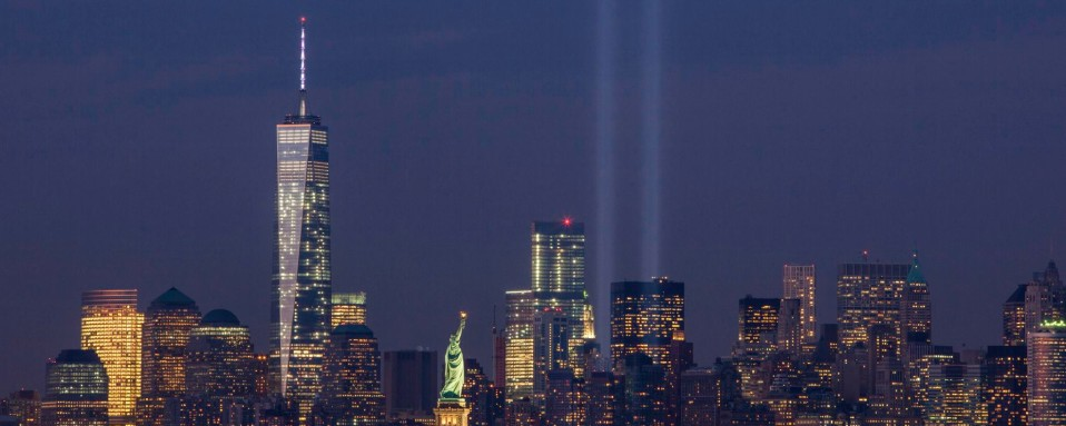 september_11th_tribute_in_light_from_bayonne_new_jersey