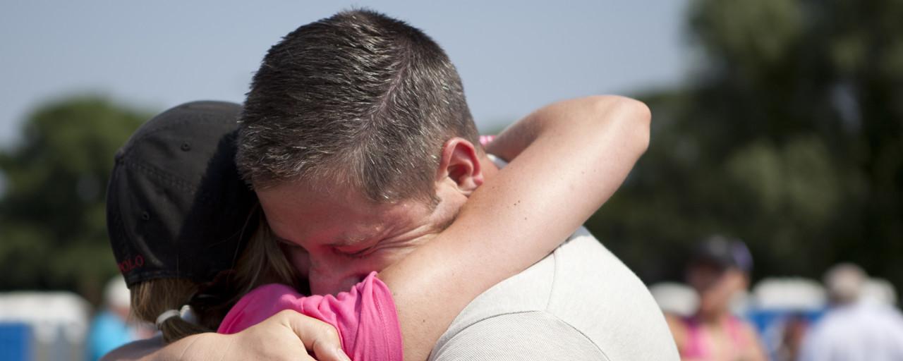 emotional_hug_-_l1
