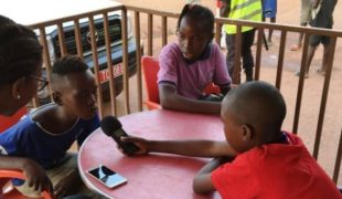 Young Reporters Become Radio Personalities in the Central African Republic